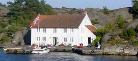 Lillesand - Gaupholmen i Brekkestø  sommeren 2003 - Foto - Erik Klaveness