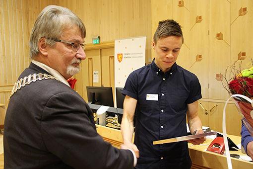 00489_erik_lomås_idrettstipend_header