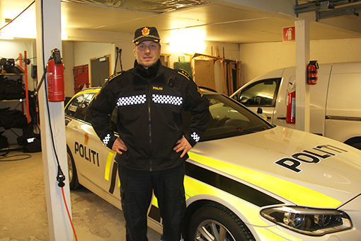 aapent_to_dager_i_uka_politiet_header