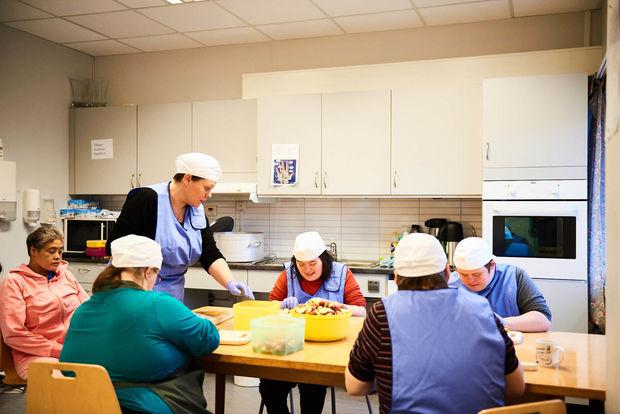 Kjøkkenaktivitet tindfoten