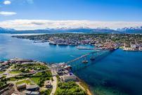 Tromsø og brua, drone