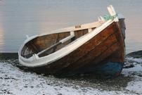 Båt i fjæra