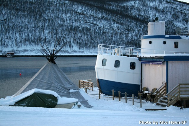 Karens Rorbuer, Komagfjord i Alta