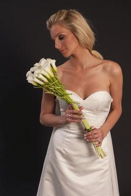 Favnbukett Cala og kjole