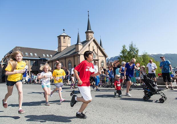 Barneløpet under Vanndagen 2013.
