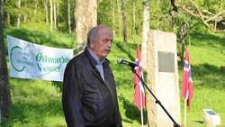 Steinar Saghaug. Helge G. Simonsen var hovedtaler på årets minnestund på Sarabråten.