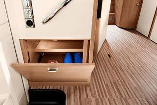 EGET SKAP med plass til skoene direkte ved inngangen er også et pluss.