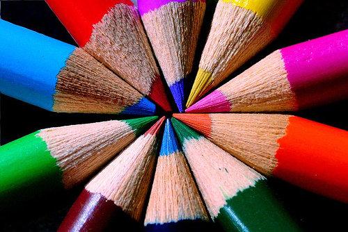 Bilde av blyantspisser i mange farger