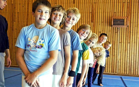 Bilde av glade barn i en kroppsøvingstime