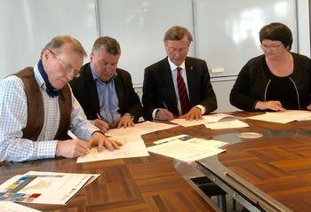 Intensjonsavtalen ble underskrevet 25. april 2016.