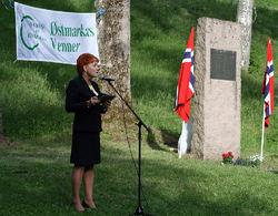 Stortingets visepresident Marit Nybakk var hovedtaler ved årets minnestund på Sarabråten. Foto: Bjarne Røsjø.