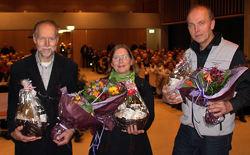 Fra venstre: Sigmund Hågvar, Helga Gunnarsdóttir og Espen Bratlie har jobbet i mer enn et år med redigeringen av jubileumsboka. Foto: Steinar Saghaug.