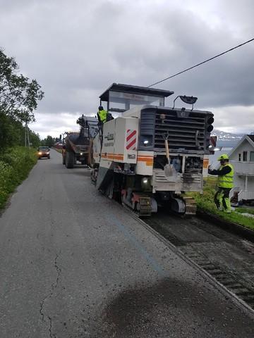 P900517 Kaldslettnes VA - fresing asfalt.jpg