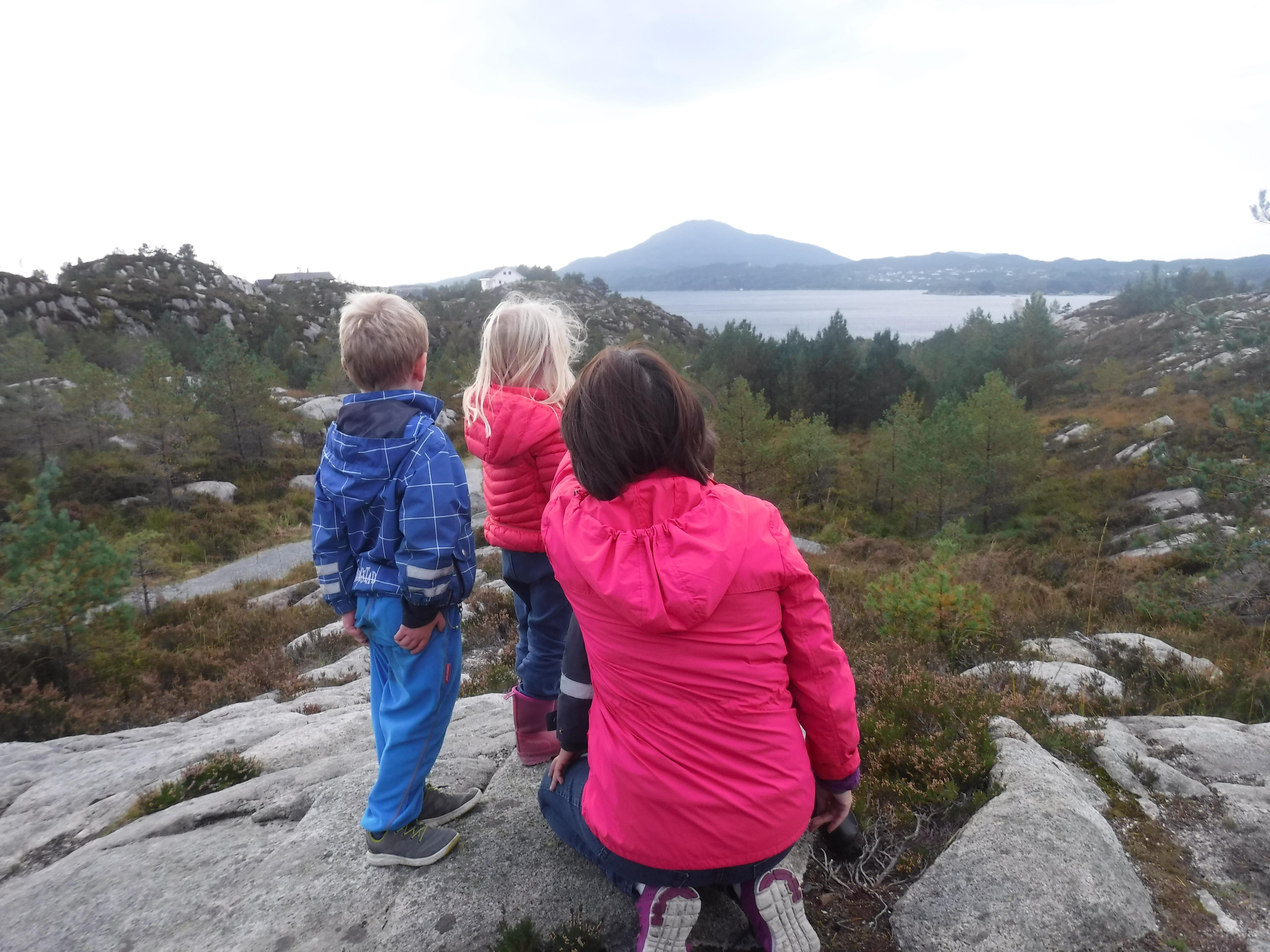 Gunnhild og barna