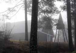 Østmarkskapellet har vært både gudshus og turmål siden 1954. Foto: Bjarne Røsjø.