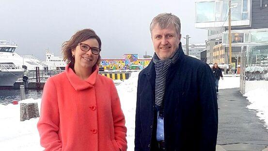 Harstads næringssjef, Bjørn Akselsen sammen med Gøril Johansen, Utenriksdepartementets utsending til Arctic Frontiers.