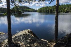 Hvis Ramstadsjøen blir tappet ned, vil området ved blant annet Huldreheim bli mye mindre interessant for friluftsfolket. Foto: Bjørnar Thøgersen, ØV.