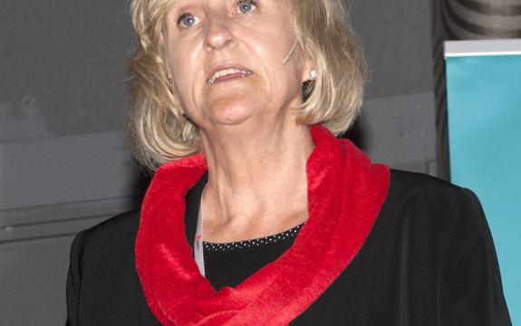 Bilde av Jorunn Midtsundstad (foto: Hanne Løkås Veigård)