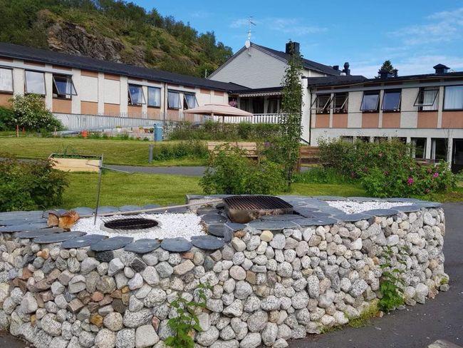 bilde av Kveldsol sykehjem og hagen