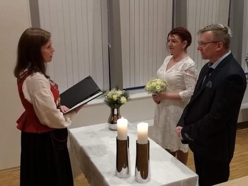 Bilde av brudeparet Karlsen