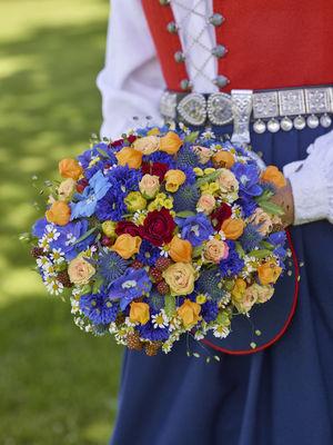 Interflora anne maries blomster, brudebukett, bryllup, bunad