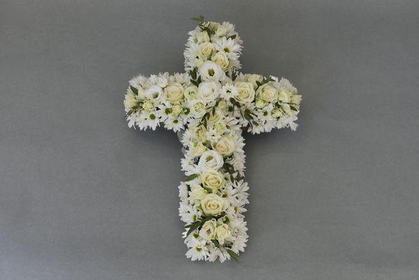 170718_blomst_blomster_begravelse_kors