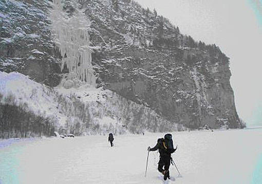 Arctic_ice_isklatring (2)