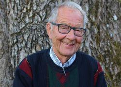 Oddvar Rolstad var med på å stifte Østmarkas Venner i 1966 og ble utnevnt til æresmedlem i 2004. Foto: Steinar Saghaug.