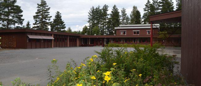 På bildet vises Sysle skole sett utenfra.