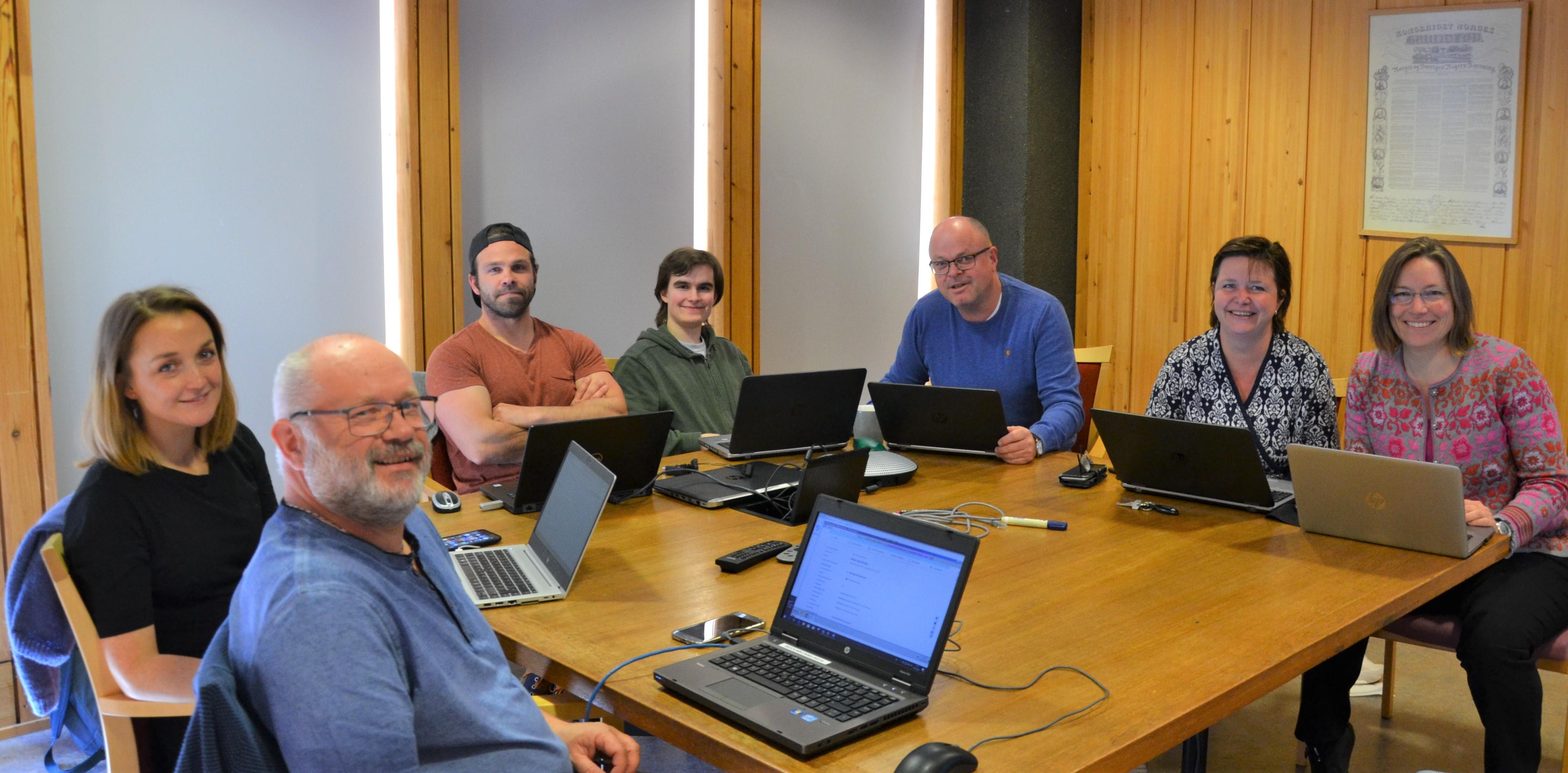 hjemmesidegruppe i  jobb.jpg