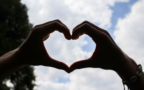 Hjerte i hånd