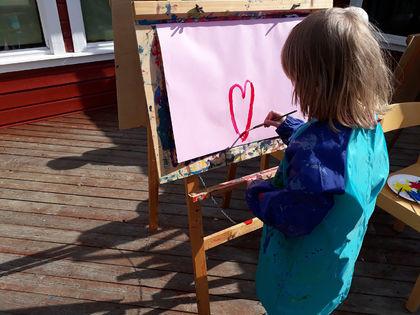 Kunstner fra Marielund barnehage