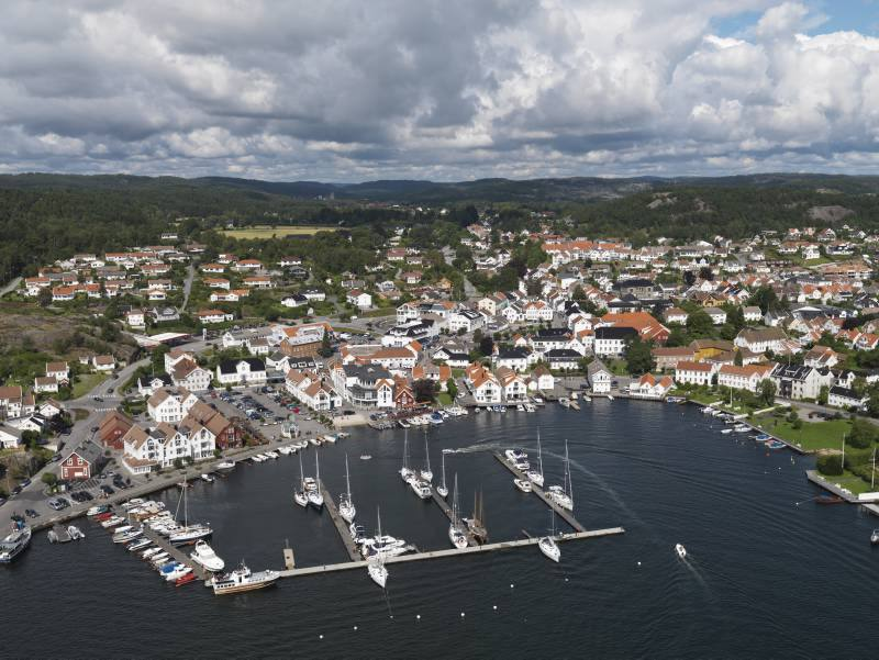 Lillesand by Foto: