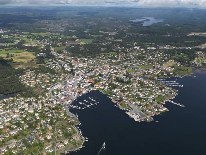 Flyfoto Lillesand by