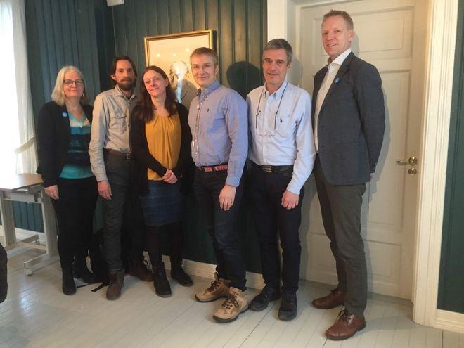 Varaordfører, leder omsorg, ordfører, representant fra Sámi klinihkka, representant fra SANKS og kommunedirektør