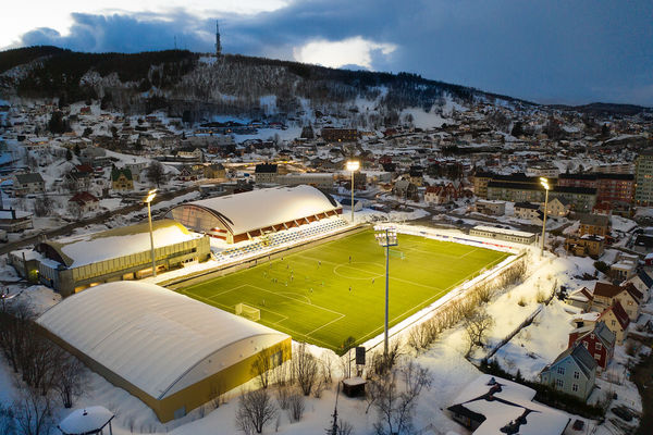 Harstad Stadion, fra en tidligere trening. Foto: Øivind Arvola
