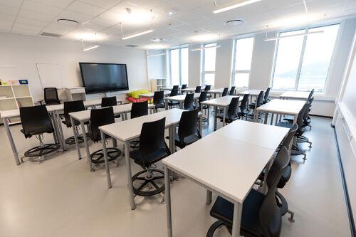 En tom Harstad skole. Foto: Øivind Arvola