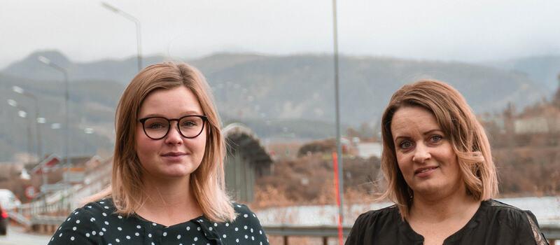 Fra venstre: ordfører Aina Nilsen (Sp) og varaordfører Lena Arntzen (H). Foto: Verena Wuge