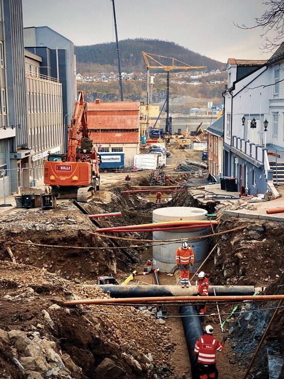 Rørarbeid i Storgata. Foto: Øivind Arvola