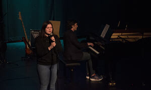 Vilja Eriksen synger When I was your man av Bruno Mars.