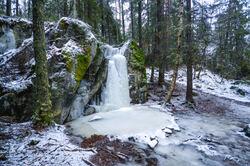 Dryppet, også kalt «Drøppet», er et yndet turmål sommer som vinter. Foto: Lars Lindland.