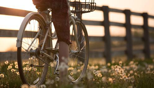 Sykkel og soloppgang