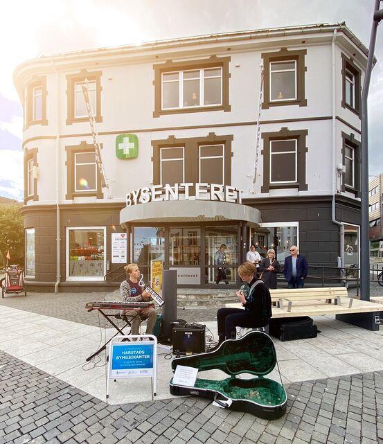 Birk Arvola (t.v.) og Ottar Opsal var blant bymusikantene i 2020.