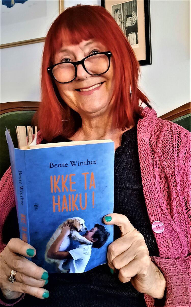NY BOK PÅ TRAPPENE: Beate Winther er klar med sin sjette barnebok. Fredag utgis «Ikke ta Haiku!».