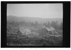 Slik så Bysetra ut i 1929, nå er setra en velholdt speiderhytte. Foto: Anders B. Wilse.