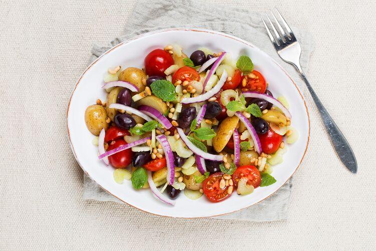 Deilig salat med poteter fra gårsdagens middag.