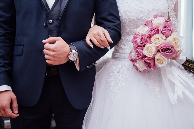80 færre par giftet seg i Drammen i fjor i forhold til året før.