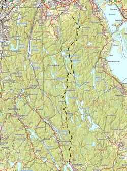 Turen gikk temmelig rett sørover fra Lørenskog, men ingenting virker rett fram når du går i Østmarka.