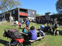 Markastuene – som her på Vangen – kommer til å få økt omsetning når nasjonalparken blir mer besøkt, mener samfunnsøkonomene. Foto: ØV.
